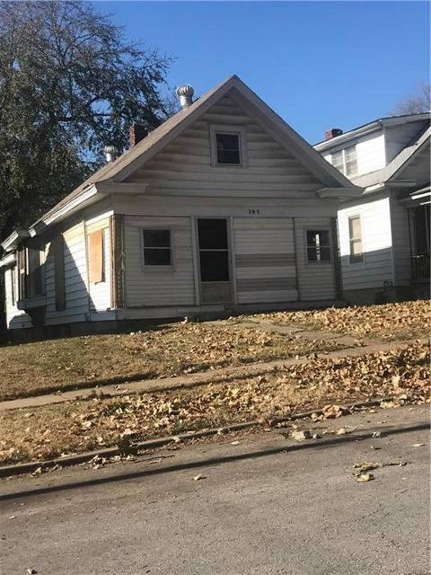 302 N Oakley Ave, Kansas City, 64123, MO - Photo 1 of 11
