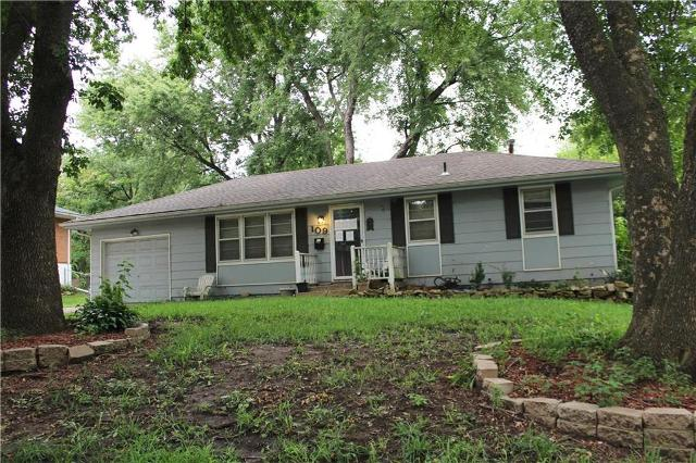 109 1st, Blue Springs, 64014, MO - Photo 1 of 26