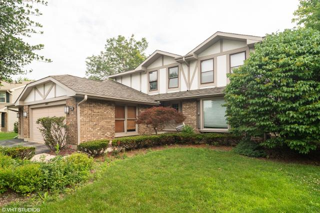 4007 Lindenwood Ln, Northbrook, 60062, IL - Photo 1 of 27
