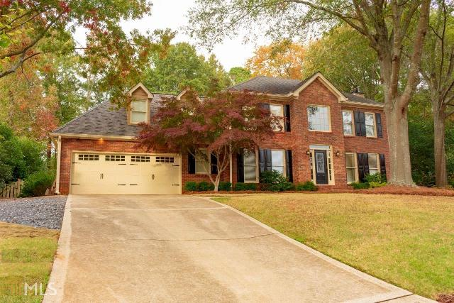 310 Bent Grass Dr, Roswell, 30076, GA - Photo 1 of 28