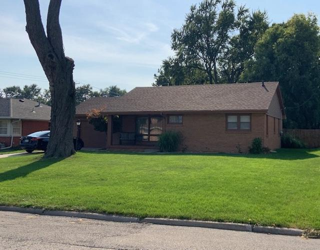 103 Eastview, Normal, 61761, IL - Photo 1 of 18