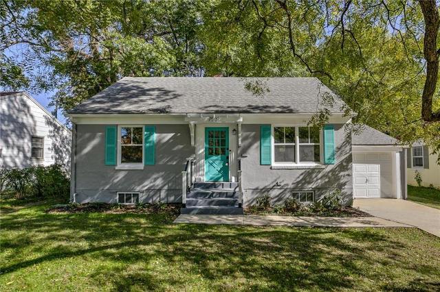7531 Jarboe, Kansas City, 64114, MO - Photo 1 of 26
