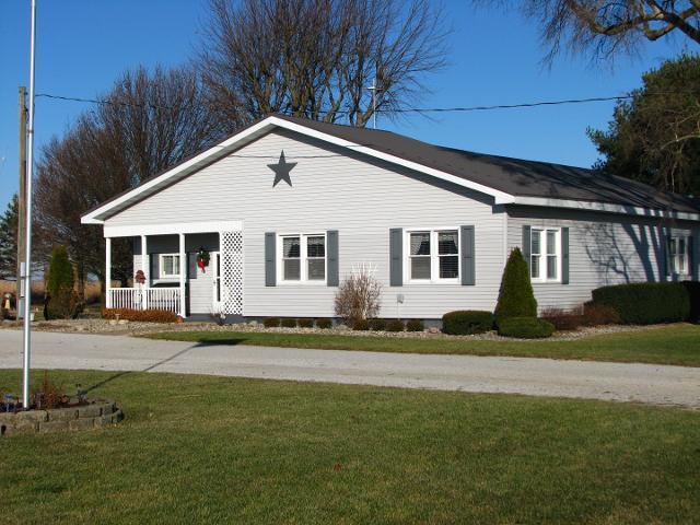 350 N County Road 1675 E, Hindsboro, 61930, IL - Photo 1 of 49