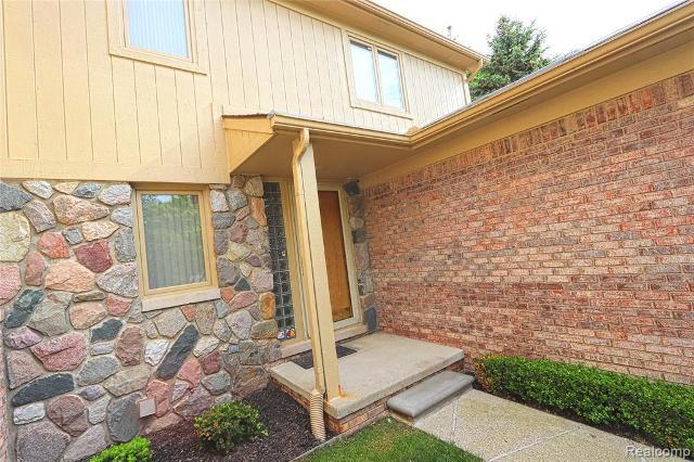 29550 Sylvan, Farmington Hills, 48334, MI - Photo 1 of 30