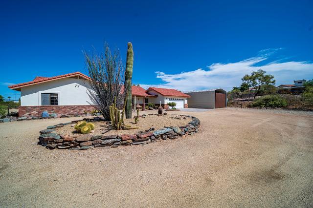 2380 W Val Vista Dr, Wickenburg, 85390, AZ - Photo 1 of 34