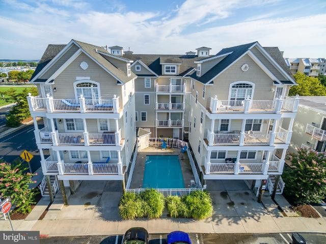18 144th St Unit B, Ocean City, 21842, MD - Photo 1 of 55