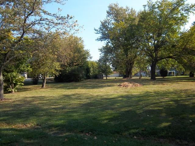 117 Plainfield Rd N, Darien, 60561, IL - Photo 1 of 7