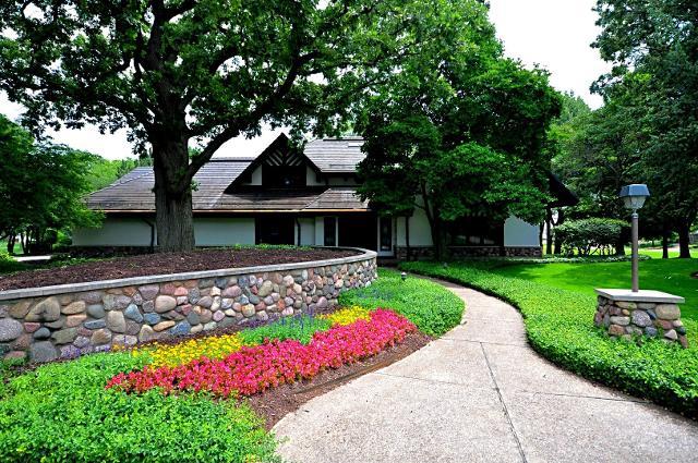 722 Midwest Club, Oak Brook, 60523, IL - Photo 1 of 38