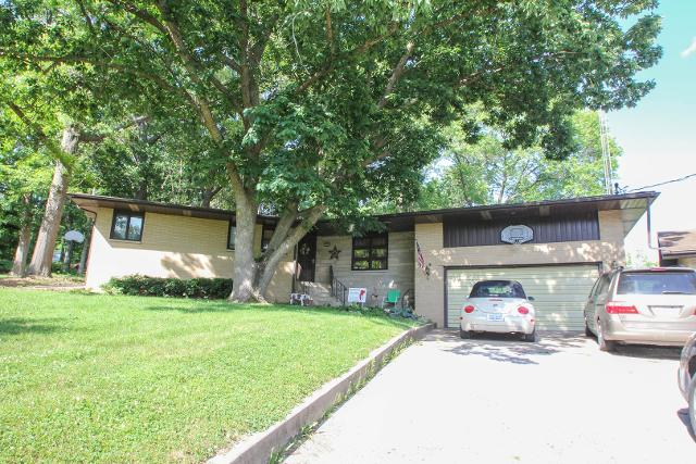 447 S Kansas Ave, Danville, 61834, IL - Photo 1 of 26