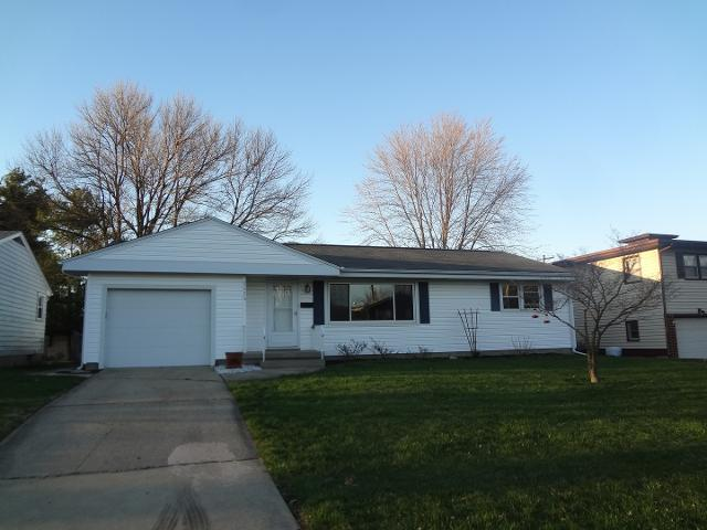 2028 Ramsey Dr, Decatur, 62526, IL - Photo 1 of 35