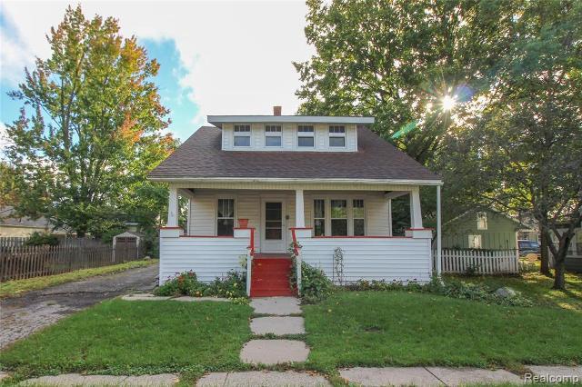 306 Johnson St, Almont, 48003, MI - Photo 1 of 26