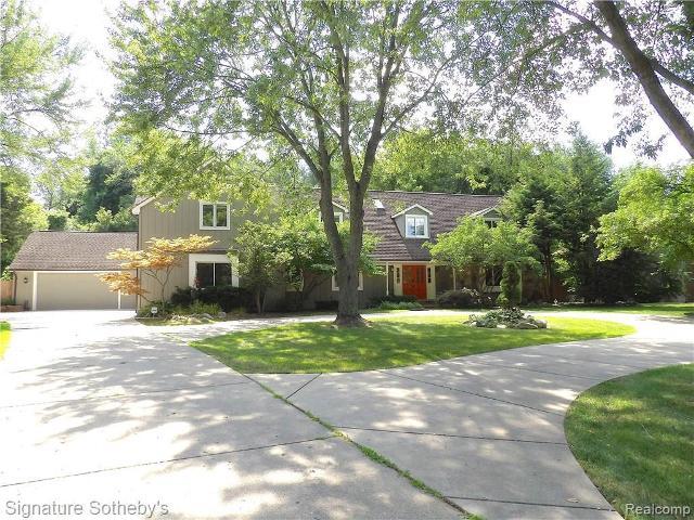 1825 Huntingwood, Bloomfield Hills, 48304, MI - Photo 1 of 46