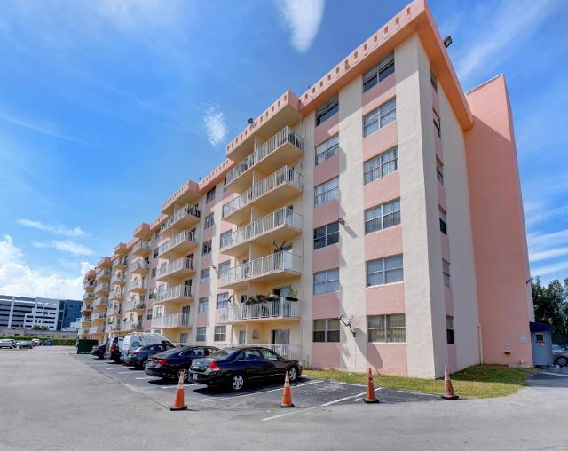 16465 22nd Unit120, Miami, 33160, FL - Photo 1 of 19