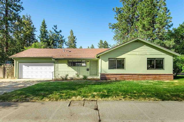 41 29th, Spokane, 99203, WA - Photo 1 of 18