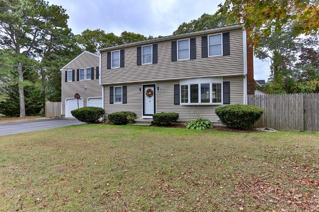 29 Lodengreen Dr, Falmouth, 02536, MA - Photo 1 of 32