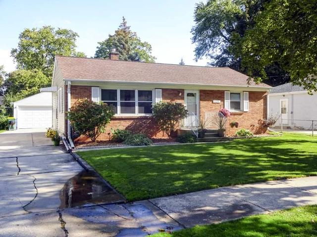 1221 Redwood, Green Bay, 54304, WI - Photo 1 of 19