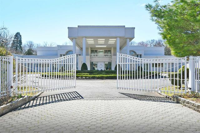128 Windsor Gate, Great Neck, 11020, NY - Photo 1 of 20