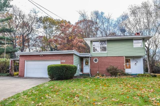 5350 Meadowlark St NW, North Canton, 44720, OH - Photo 1 of 23