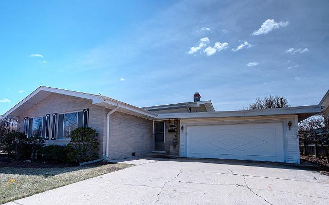 7707 Davis, Morton Grove, 60053, IL - Photo 1 of 17