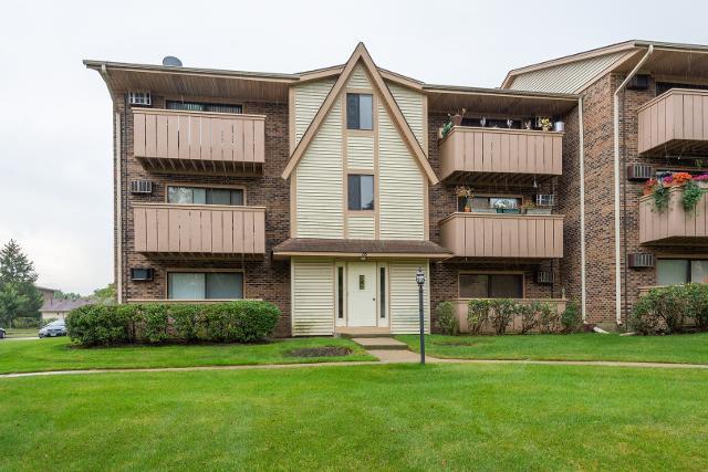 18 Echo Unit2, Vernon Hills, 60061, IL - Photo 1 of 10