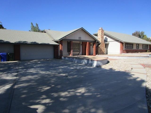 13120 Modoc Ct, Apple Valley, 92308, CA - Photo 1 of 30