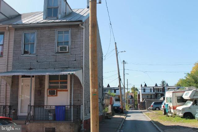 328 Hummel, Harrisburg, 17104, PA - Photo 1 of 1