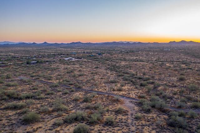 36806818 N 38th St, Cave Creek, 85331, AZ - Photo 1 of 7