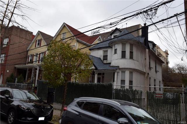 2700 Creston Ave, Bronx, 10468, NY - Photo 1 of 2