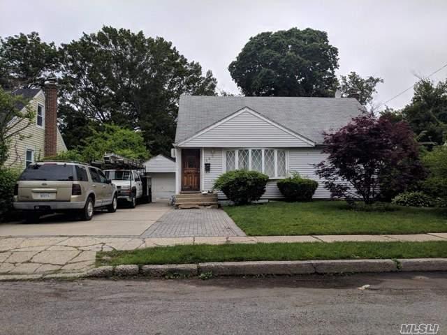 581 Mitchell, Uniondale, 11553, NY - Photo 1 of 4
