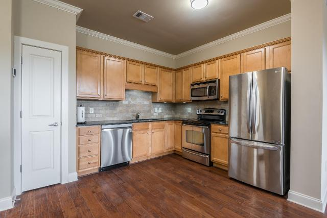 445 Blount Unit204, Knoxville, 37920, TN - Photo 1 of 28