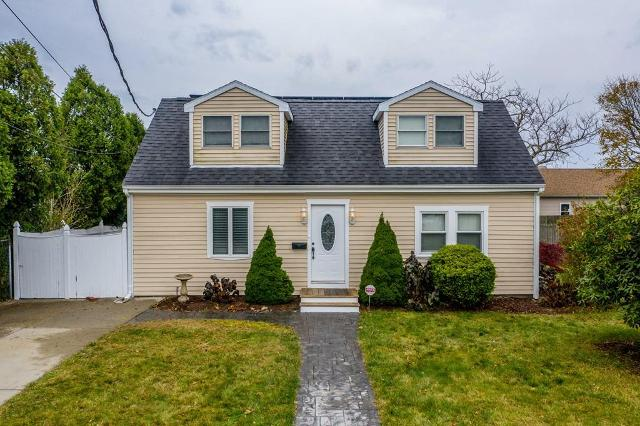 10 Perry St, Dartmouth, 02748, MA - Photo 1 of 29