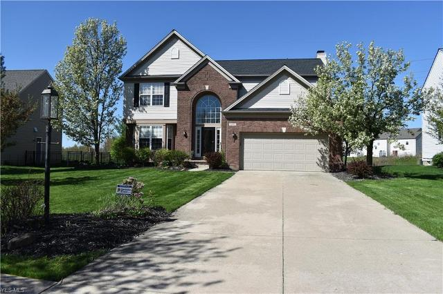 1301 Hamilton Dr, Broadview Heights, 44147, OH - Photo 1 of 20