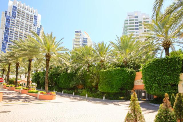 400 Pointe Unit303, Miami Beach, 33139, FL - Photo 1 of 36