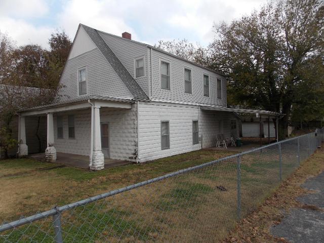 1322 W 4th St, Joplin, 64801, MO - Photo 1 of 10