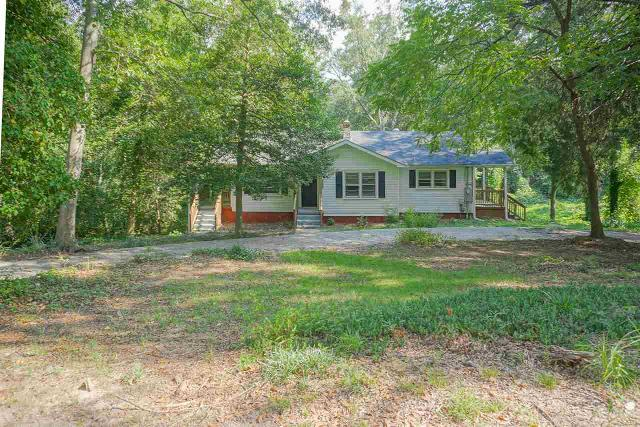 147 Lincoln, Taylors, 29687, SC - Photo 1 of 16