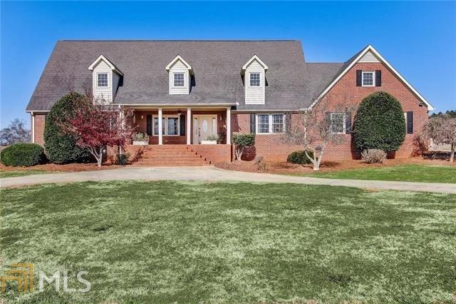 1134 Junction 77 Rd, Hartwell, 30643, GA - Photo 1 of 78