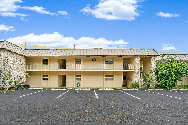 10693 Military Unit1, Palm Beach Gardens, 33410, FL - Photo 1 of 28