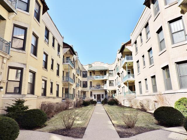 5518 Cornell Unit1W, Chicago, 60637, IL - Photo 1 of 16