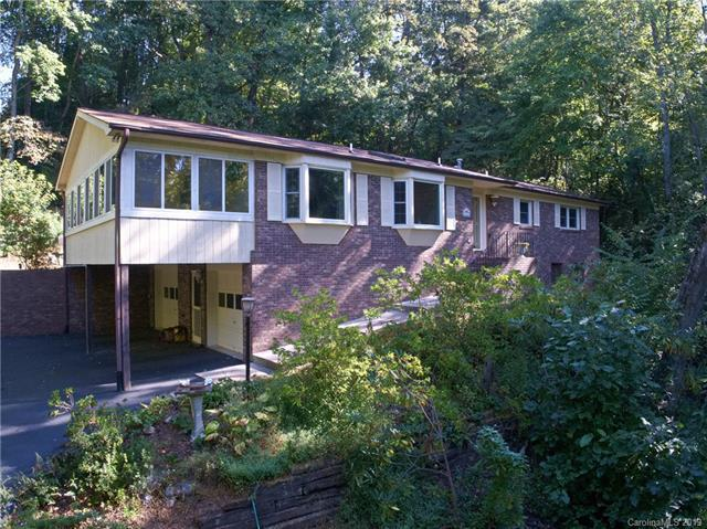 446 Deerhaven, Hendersonville, 28792, NC - Photo 1 of 21