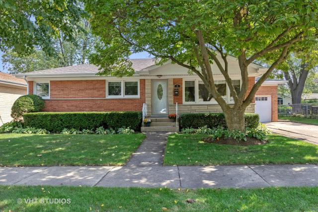9 Rammer, Arlington Heights, 60004, IL - Photo 1 of 17