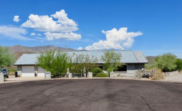 34850 Westridge, Black Canyon City, 85324, AZ - Photo 1 of 39