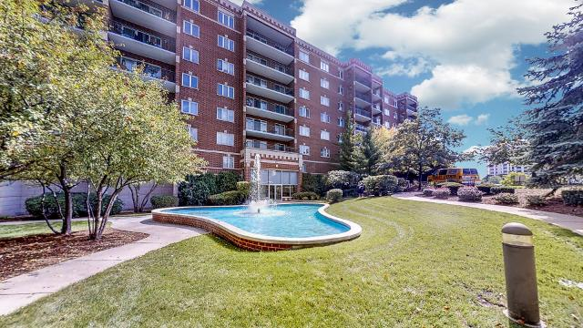 650 River Unit307, Des Plaines, 60016, IL - Photo 1 of 18