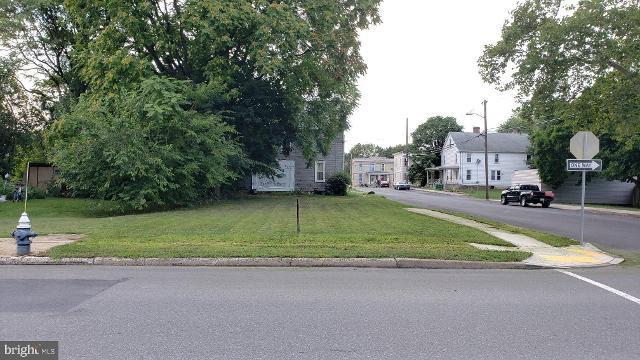 135 Garfield, Chambersburg, 17201, PA - Photo 1 of 3
