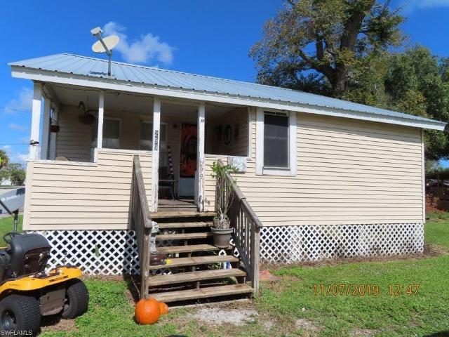 299 Avenue K SW, Moore Haven, 33471, FL - Photo 1 of 4
