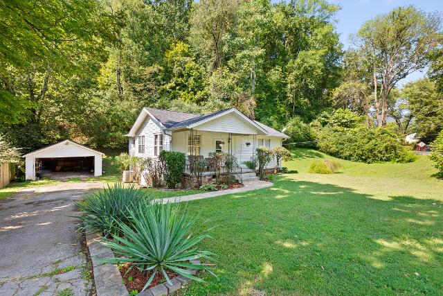 422 Reads Lake, Chattanooga, 37415, TN - Photo 1 of 29