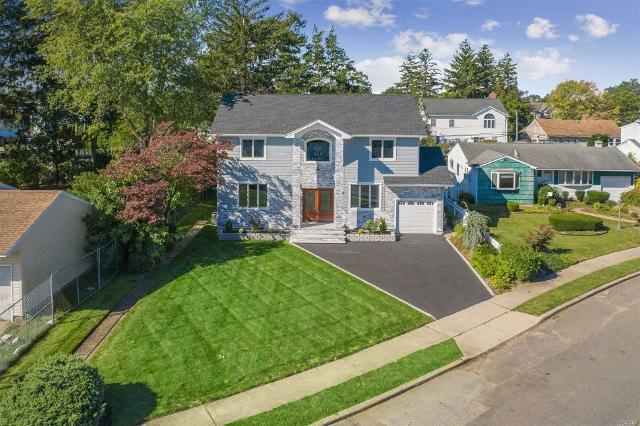 35 Surrey, Plainview, 11803, NY - Photo 1 of 19