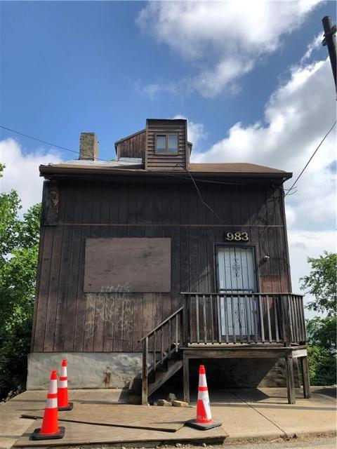 983 Warrington, Pittsburgh, 15210, PA - Photo 1 of 2