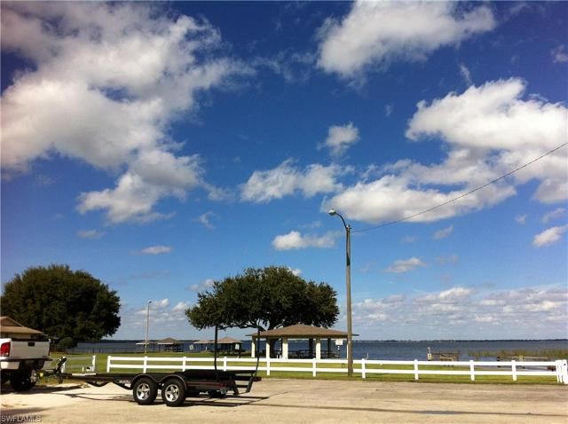 108 Grace Ave NW, Lake Placid, 33852, FL - Photo 1 of 4