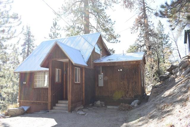 39297 Cedar Dell Rd, Fawnskin, 92333, CA - Photo 1 of 22