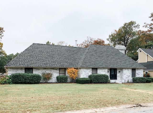 220 Fairway Dr, Carl Junction, 64834, MO - Photo 1 of 76